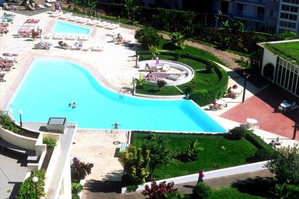 Hôtel jardins d' ajuda 4*