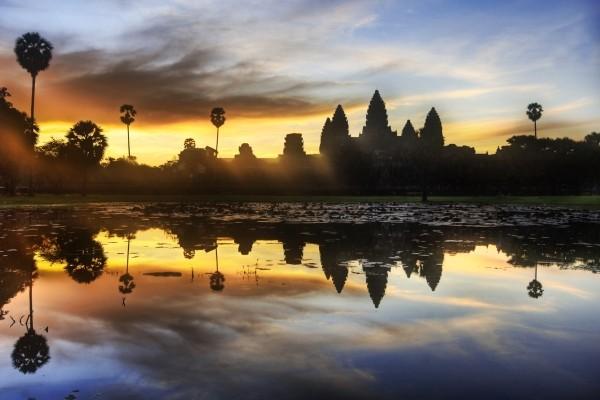 Circuit De la Baie d'Halong aux temples d'Angkor 3*