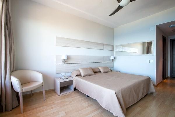Majorque h tel maxi club palia maria eugenia 4 for Hotel design majorque