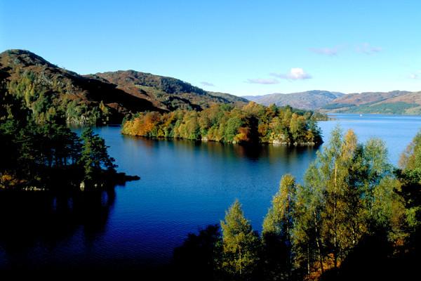Lac en Ecosse