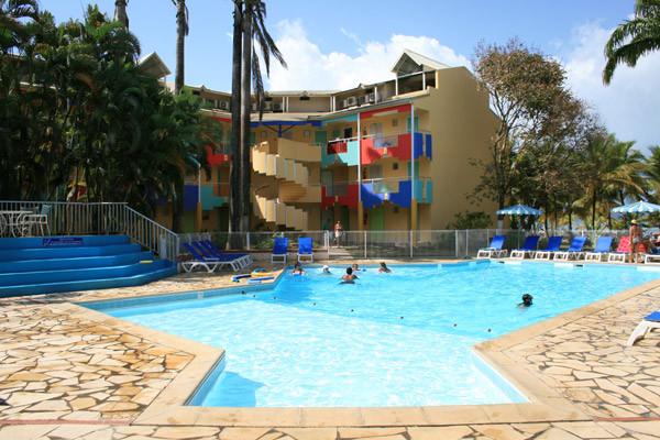 Piscine - Autotour Guadeloupe en 6 nuits 3* Pointe A Pitre Guadeloupe