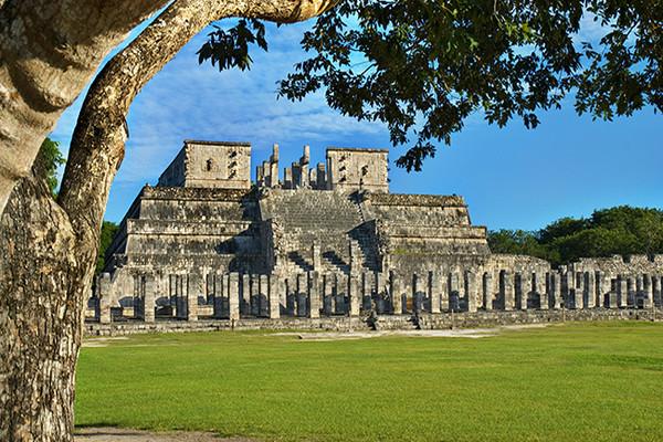 Monument - Autotour Yucatan & Riviera Maya