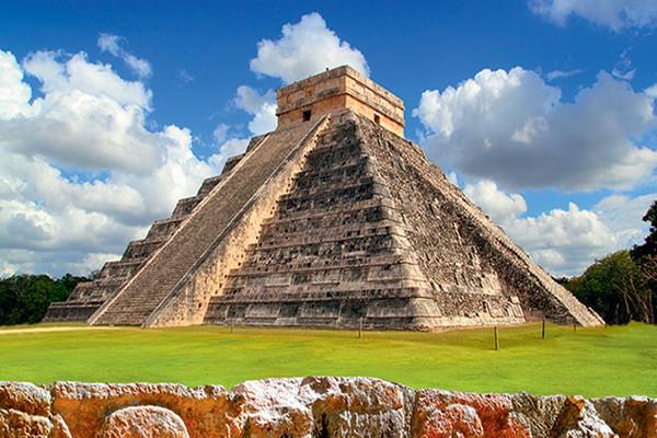 Monument - Autotour Yucatan & Riviera Maya Cancun Mexique