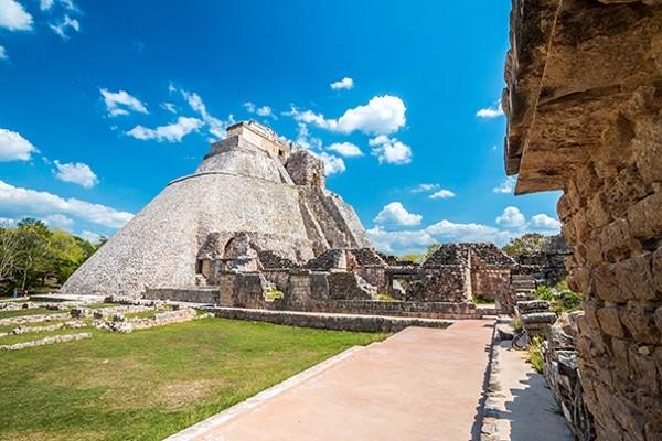 Monument - Autotour Panoramas sur le Yucatan & Riviera Maya Cancun Mexique