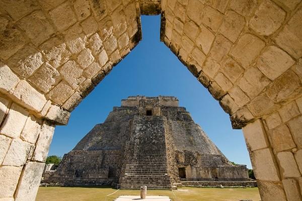 Monument - Autotour Panoramas sur le Yucatan & Tulum Cancun Mexique