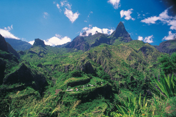 (fictif) - Autotour Grand Tour en Kaz Péi Saint Denis Reunion