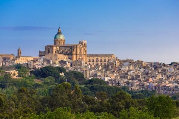 Ville - Autotour Sicile en liberté 3* Catane Sicile et Italie du Sud