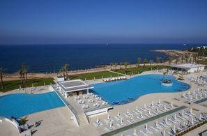 Vacances Hotel King Evelthon Beach