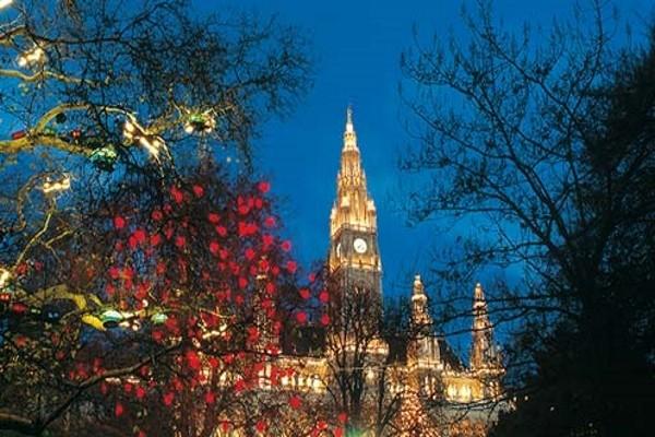 Vienne - Réveillon nouvel an à Vienne - Soirée à l'Hôtel de ville - Hôtel Harry's Home