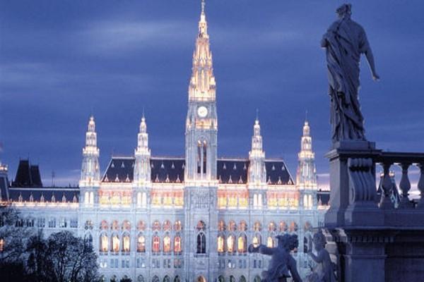 Monument - Circuit Echappée belle en Europe centrale - Circuit entre solos 4* Vienne Autriche