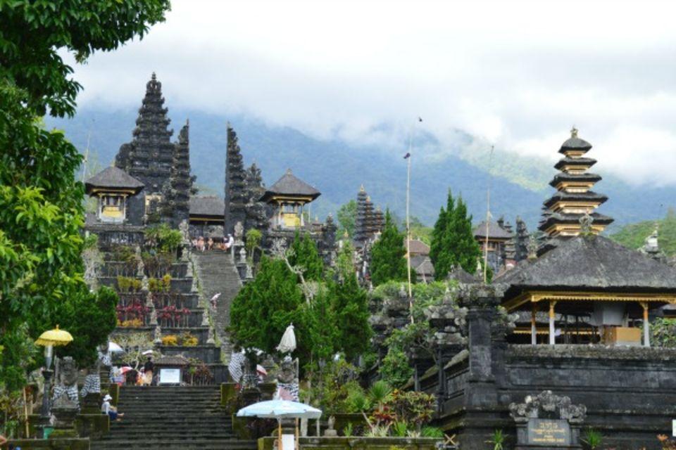 Combiné circuit et hôtel De Ubud aux plages balinaises Denpasar Bali