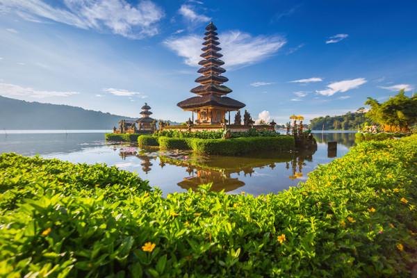 Monument - Jardin d'Eden 3* charme & séjour à Seminyak au Maison At C Boutique 4* Denpasar Bali