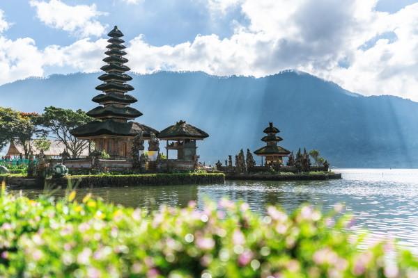 Monument - 3* charme & séjour au Prime Plaza Sanur 4* Denpasar Bali