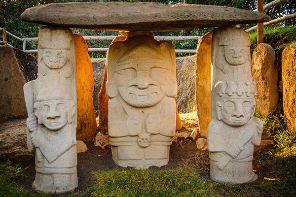 Monument - Circuit Confidentiel Colombie Bogota Colombie