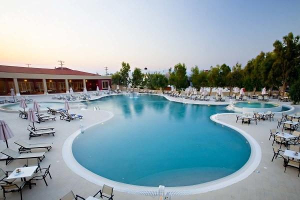 Piscine - Echappée depuis la région de Corinthe depuis l'hôtel Alkyon