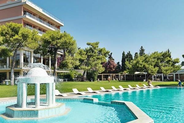 Piscine - Circuit Echappée depuis la région de Corinthe depuis l'hôtel Kalamaki Beach 4* Athenes Grece