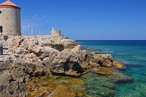 Circuit Périple depuis Rhodes 2 îles en 1 semaine - Rhodes et Symi en 4*