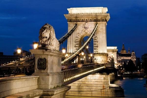 (fictif) - Circuit Réveillon à Budapest avec soirée du Nouvel An au restaurant Gerbeaud Café - Hôtel Mercure City Budapest 4* Budapest Hongrie