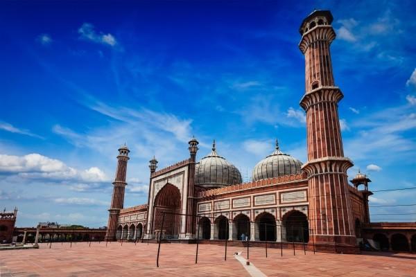 Monument - Circuit Confidentiel Rives du Gange Delhi Inde