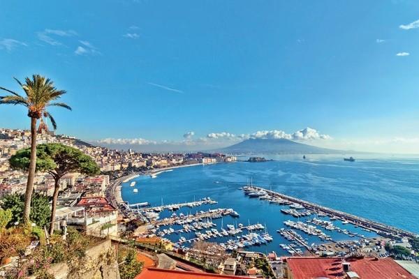 Naples, Colline Pollisipo