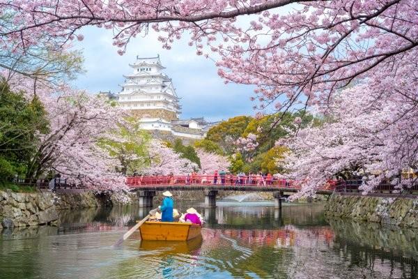 Monument - Circuit Trésors du Japon Osaka Japon