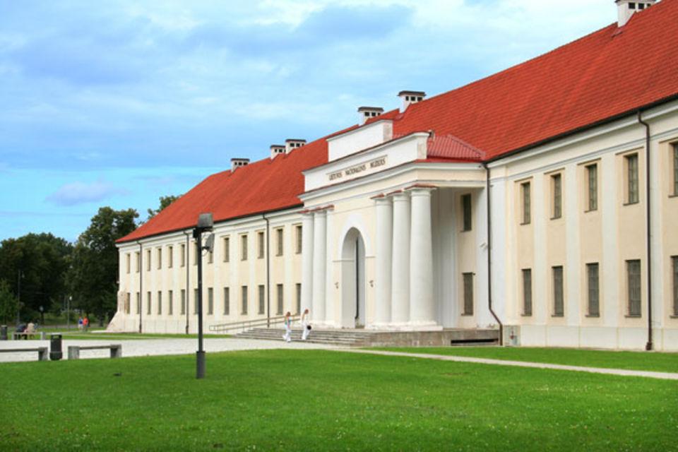 Lituanie datant coutumes menottes sites de rencontre