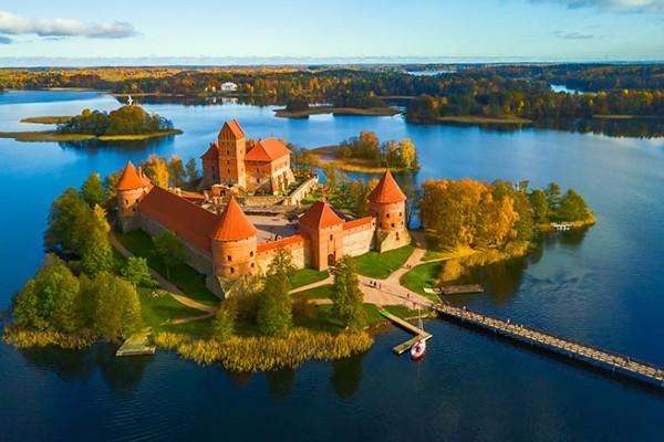 Monument - Circuit Découverte des Pays Baltes : Vilnius, Riga et Tallinn Vilnius Lituanie