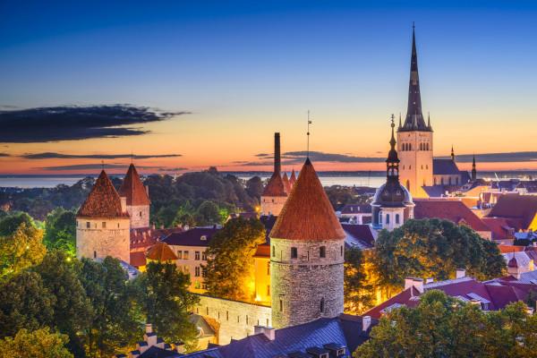 Ville - Circuit Les fleurs de la baltique 4* Vilnius Lituanie