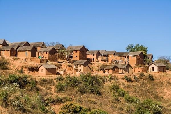 Ville - Combiné circuit et hôtel Splendeurs De Madagascar & Extension Ile Maurice Tamatave Madagascar