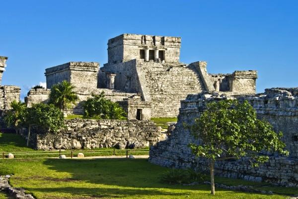 Monument - Circuit Merveilles du Yucatan Cancun Mexique