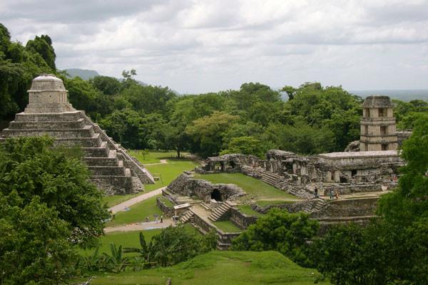 Monument - Circuit Combiné Mexique Guatemala Honduras