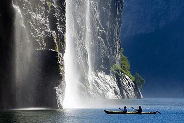 Cascade - Premiers Regards Scandinavie