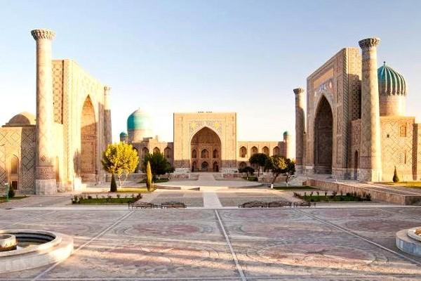 Monument - Circuit Mythique Route de la Soie 3* Tashkent Ouzbekistan
