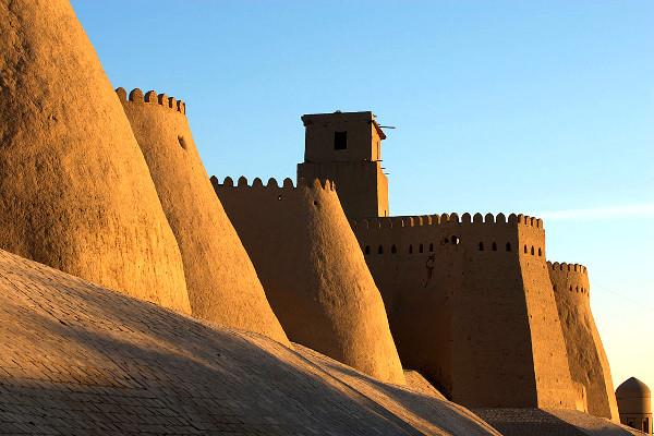 Monument - Circuit Splendeurs de l'Ouzbekistan Tashkent Ouzbekistan
