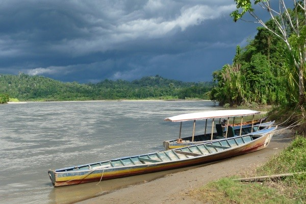 Embarcation en Amazonie