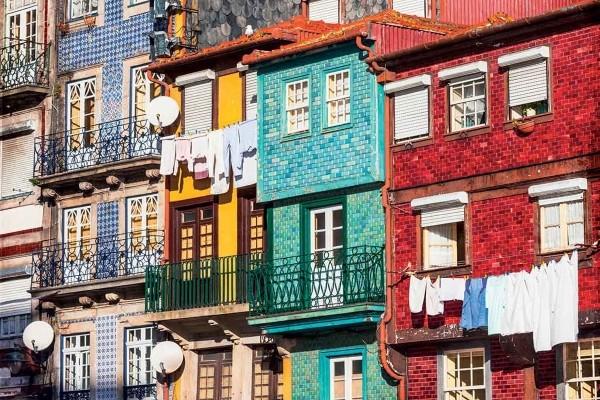 Immeubles colorés - Le Portugal du nord au sud et escapade à Séville