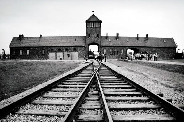 Monument - Circuit Prague, Cracovie, Auschwitz Prague Republique Tcheque