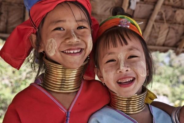 (fictif) - Circuit Des Temples Khmers aux femmes girafes 3* sup Bangkok Thailande