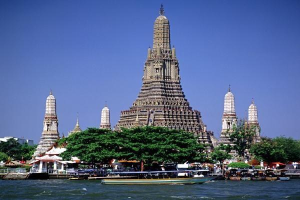 Monument - Circuit Des Capitales du Siam à Bansaphan Bangkok Thailande