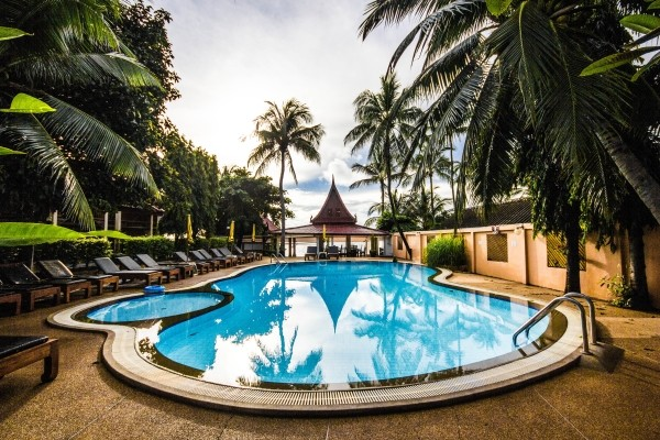 Piscine - Les Essentiels de la Thaïlande & farniente à Koh Samui au Samui Sense Beach Resort 3*Sup Koh Samui Thailande