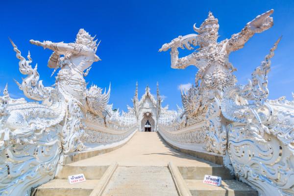 Temple blanc Wat Rong Khun Chiang Rai