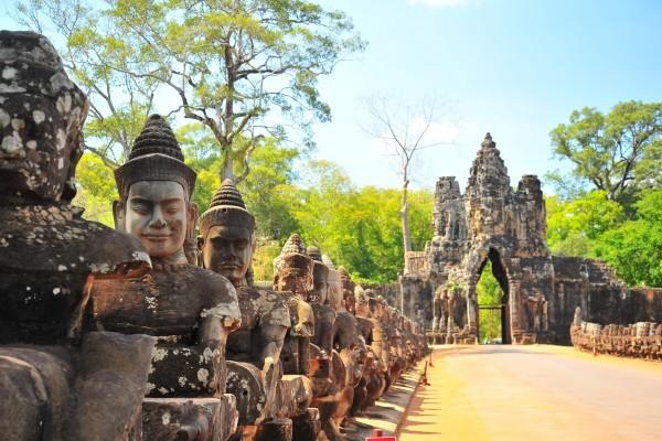 Monument - Circuit FRAM Vietnam légendaire et fascinant Cambodge 3* Hanoi Vietnam