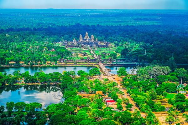 Monument - Circuit De la Baie d'Halong aux Temples d'Angkor 3* Hanoi Vietnam