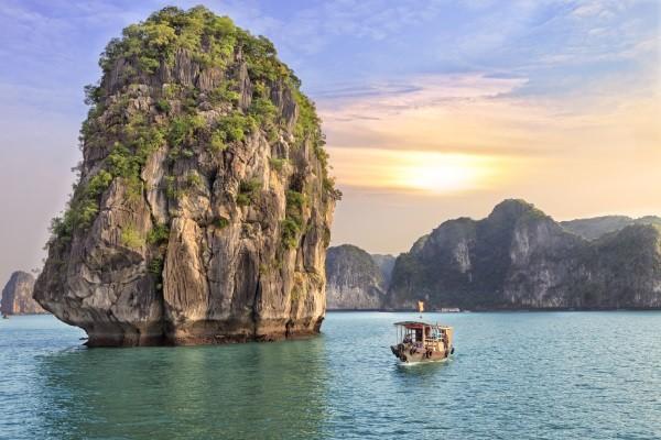 Nature - Circuit Vietnam de la Baie d'Halong aux Dunes Dorées (extension plage) 3* Hanoi Vietnam