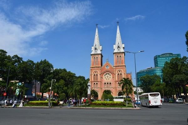 Ville - Circuit Les Inévitables Vietnam Cambodge Insolite Hanoi Vietnam