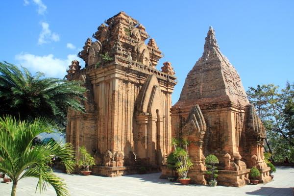Monument - Circuit Explorations du Vietnam Saigon Vietnam