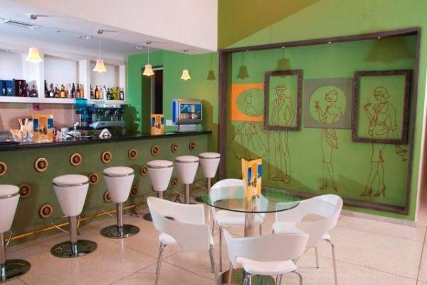 Bar - Combiné hôtels Hôtel NH Capri + Hôtel Playa Cayo Santa Maria La Havane Cuba