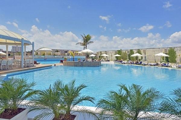 Piscine - Combiné hôtels La Havane Melia Cohiba et Paradisus Varadero 5* La Havane Cuba