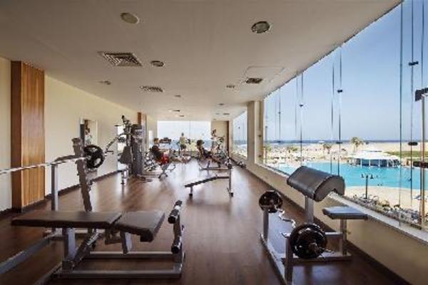 (fictif) - Combiné croisière et hôtel Les Déesses du Nil et Concorde Moreen Beach Resort Louxor Egypte