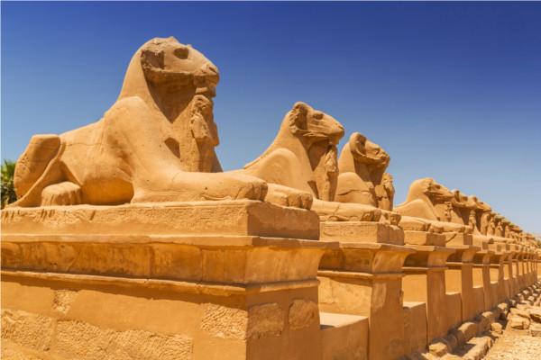 Monument - Croisière Sur le Nil avec excursions et séjour à l'hôtel Palm Beach 4* Louxor Egypte
